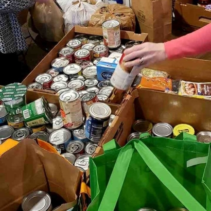 Community Food Drive with Westboro